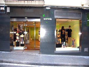 façana_somnis_manresa+comerç